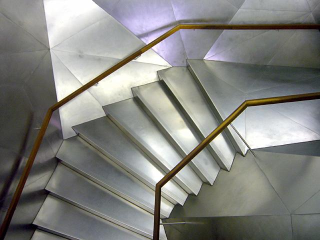 baldiri : architectural metal stairs : baldiri08022501.jpg