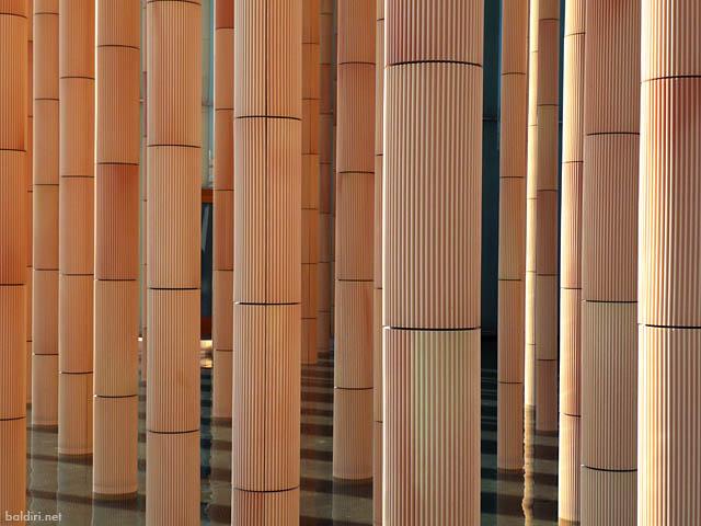 baldiri : spanish pavilion columns : baldiri08113001