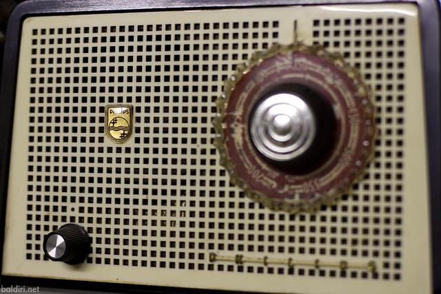 baldiri : radio ix : baldiri08122001